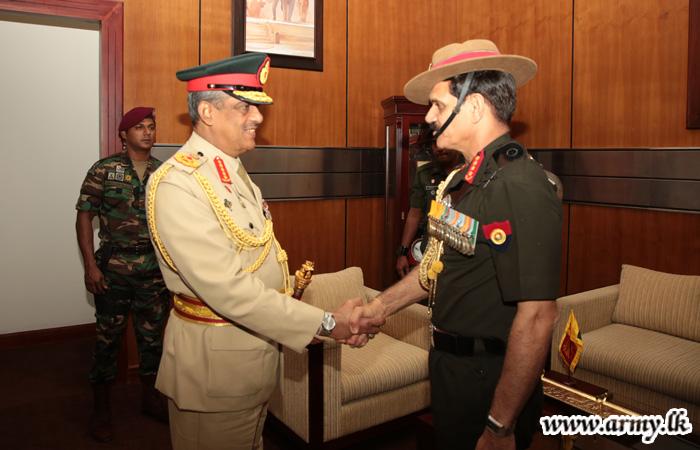 India's Army Chief Greets Field Marshal Fonseka