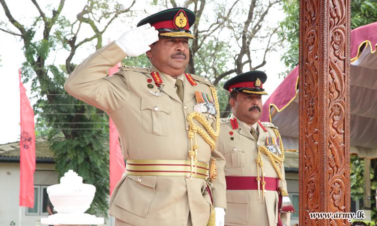 Retiring Major General Dias Accorded Military Salute