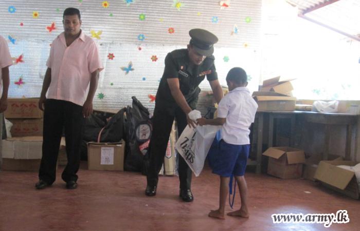 Wanni School Children Receive School Items