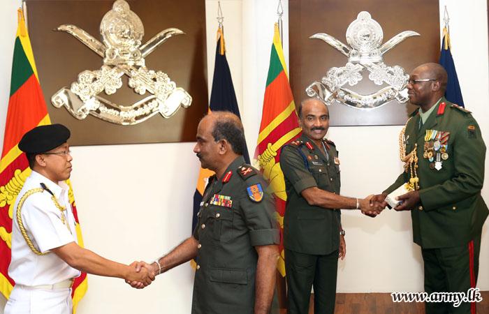 Two Envoys Meet Army Commander