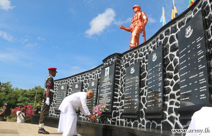 Kilinochchi Ceremony Salutes Fallen War Heroes