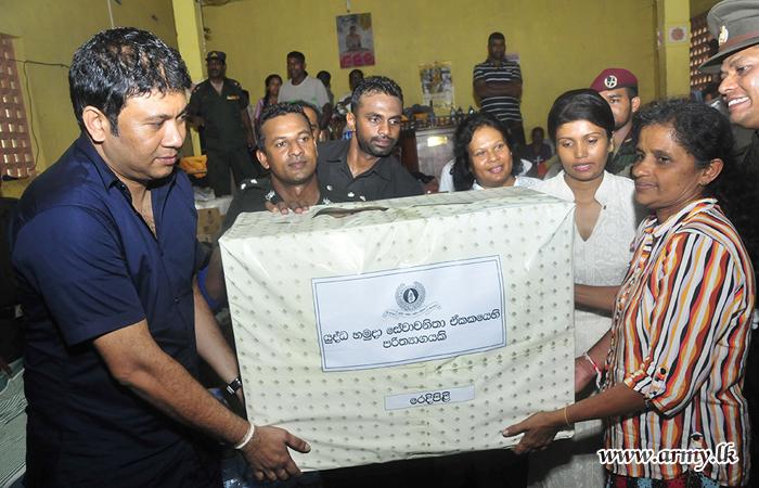 UPDATE: Seva Vanitha Ladies Visit Funerals at Landslide-Affected Aranayake & Donate Relief Items