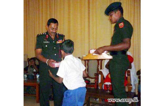 121 Brigade Coordinates Donation of School Accessories to Under-Privileged Students