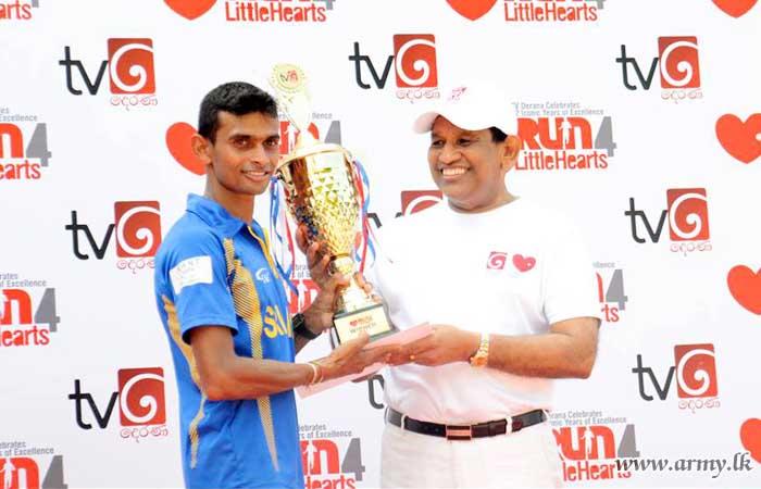 Army Athletes Contribute to 'Derana' Little Heart Marathon & Walk