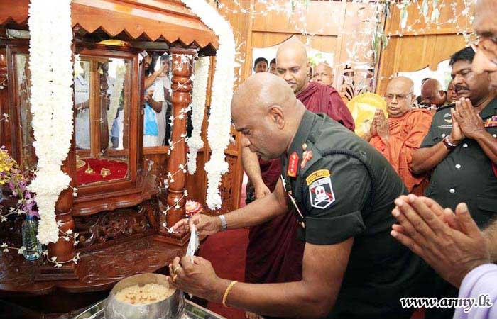 Commander Opens Buddhangala Monastery's Exposition of Relics to Mark Poson Week