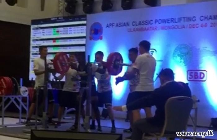 Sri Lanka Army Power Lifters in Malaysia win Silver