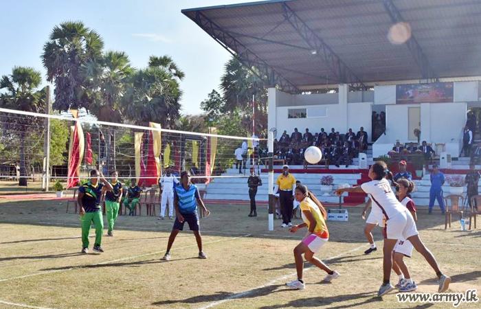 64 ஆவது படைப்பிரிவின் ஏற்பாட்டில் இடம்பெற்ற கைப்பந்தாட்ட போட்டிகள்