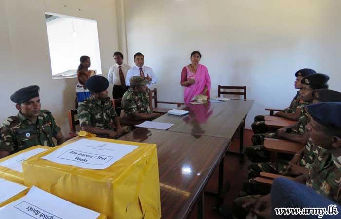 சிறுவர்களுக்கு 66 ஆவது படைப் பிரிவினால் புத்தகங்கள் விநியோகம்