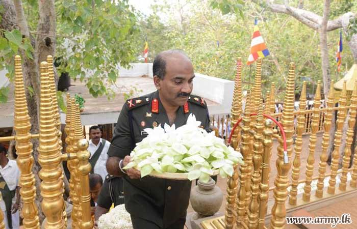 Army Flags Receive Symbolic Blessings Under 'Jaya Sri Maha Bodhiya' Shade