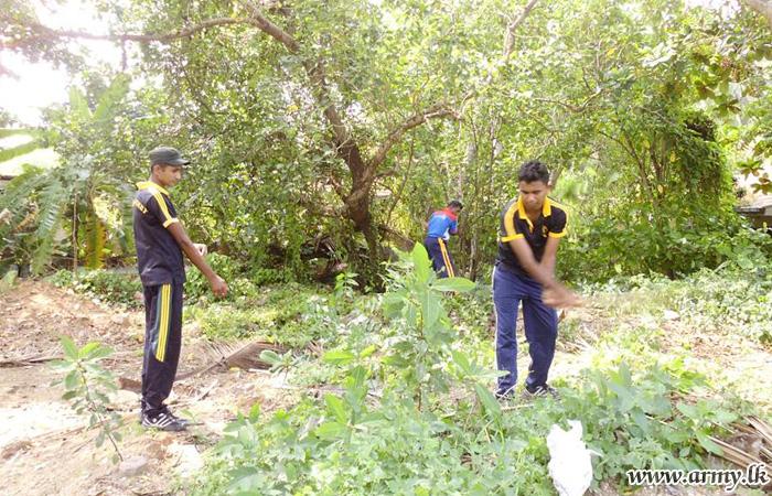 12 Division Troops Conduct 'Shramadana' Campaign