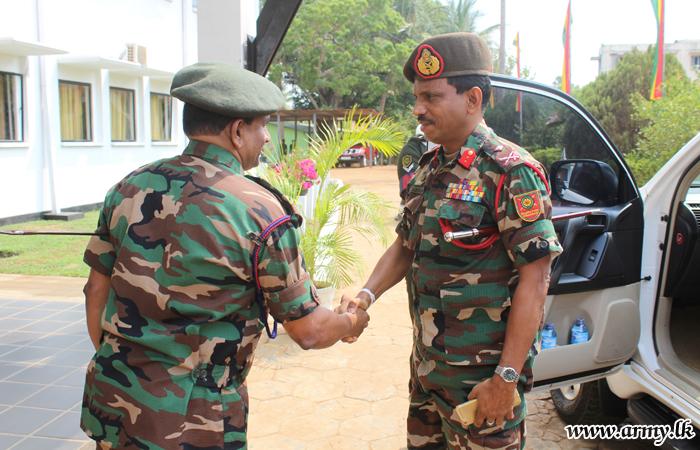 Kilinochchi Commander Visits 57 Division
