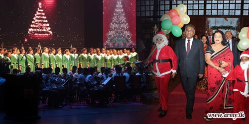 Army Christmas Carols Reverberates at Nelum Pokuna