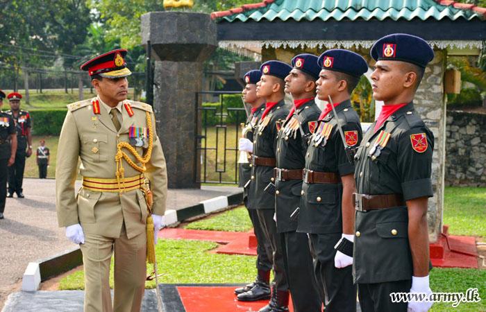 SLE Headquarters Salutes Its Outgoing Colonel Commandant
