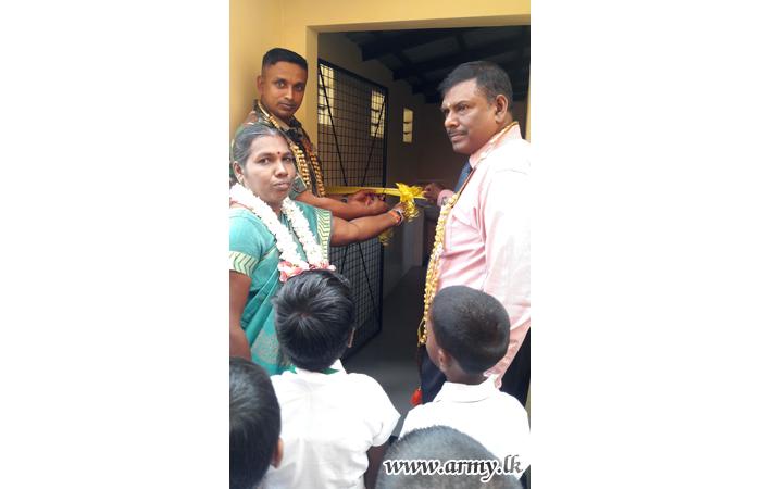 1 VIR Troops Devote Labour for School Project