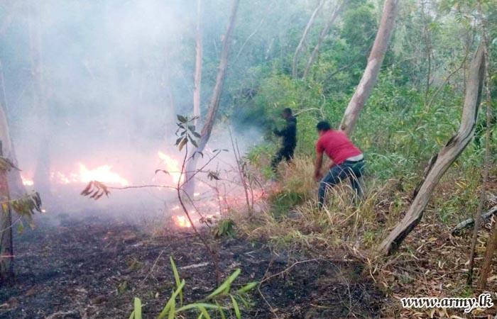 Troops Assist Control of Bushfire
