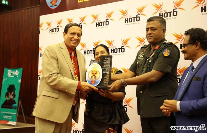 இராணுவ ஊடக ஆலோசகருக்கு 'உத்தம சேவா ஜனபீமானி' விருது