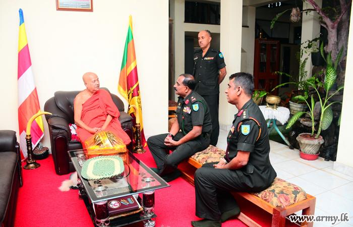 Commander SF - E Calls on Religious Dignitaries, Project Director 'Pibidemu Polonnaruwa' & FMA Commander