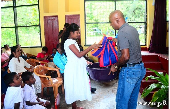 Hundreds of Students, Patients & Pregnant Women in Sooriyawewa & Mahindapura Get Incentives & Nutrients