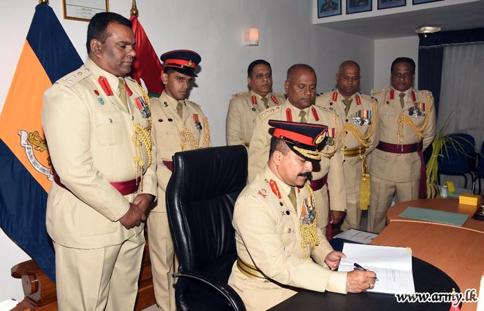 Major General Vijitha Ravipriya, New Kilinochchi Commander Assumes Office