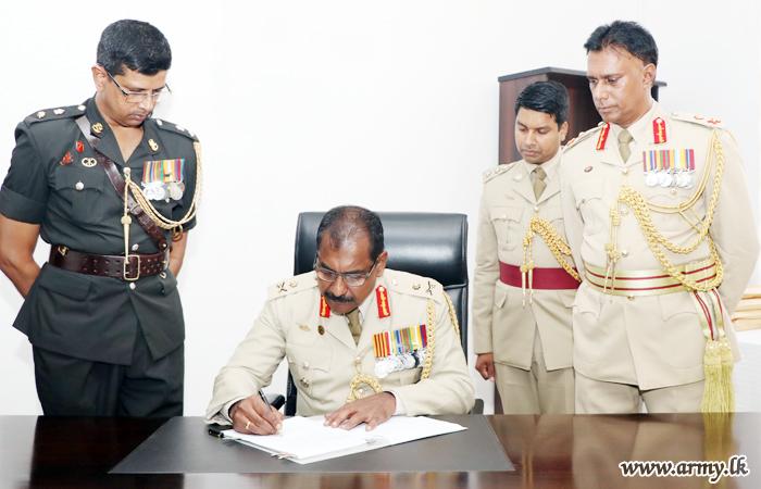 Major General Sathyapriya Liyanage, New SLAVF Commandant