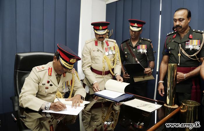 New SLA Colonel Commandant Takes Office