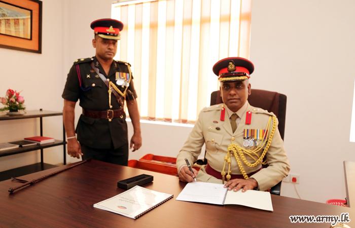 Brig Manjula Karunaratne, New Commander of the Artillery Brigade