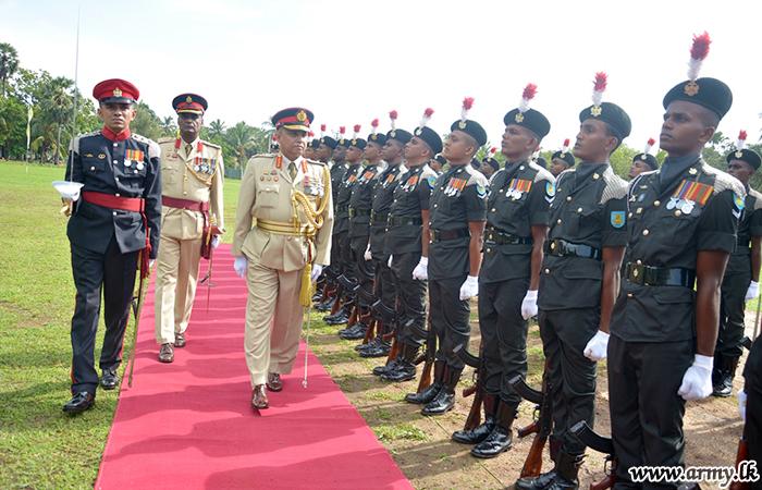 22 Division GOC Relinquishes Office