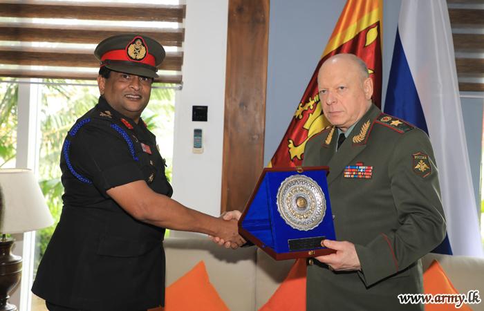 Russian Army Chief Interacts with Undergrads at Sapugaskanda DSCSC