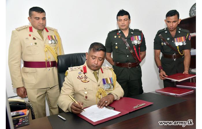 SLMA's New Commandant Assumes Duties
