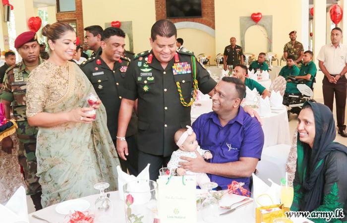 Commander Spends Valentine's Day with War Heroes at Mihindu Seth Medura