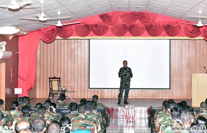 Kilinochchi Troops Educated on 'Drones'