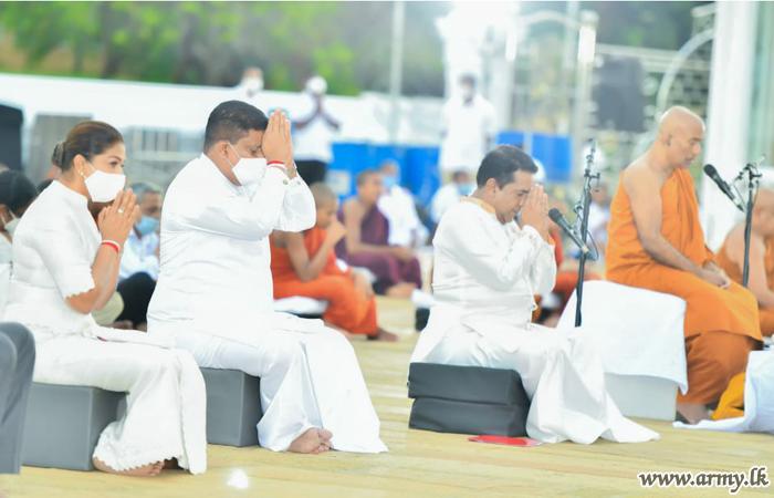 கொவிட்-19 தடுப்பில் முன்னிறு சேவையாற்றியவர்களுகான   ஆசீர்வாத பூஜை