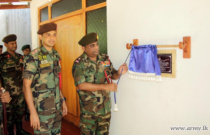 SLLI Colonel of the Regiment Visits His Battalions