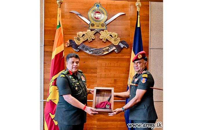 Commander Praises Service of Retiring Commando Veteran & DGGS