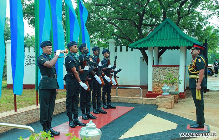 Retiring Chief of Staff Honoured in His 3 SLSC Regimental HQ
