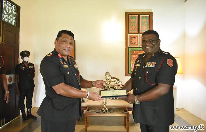 Deputy Chief of Staff Undertakes Formal Visit to Ordnance School