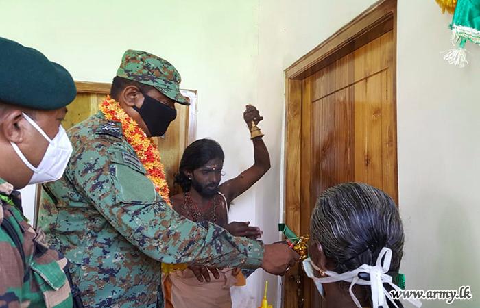 Vaddakachchi Family, Latest Recipient of Army-built New House in Kilinochchi