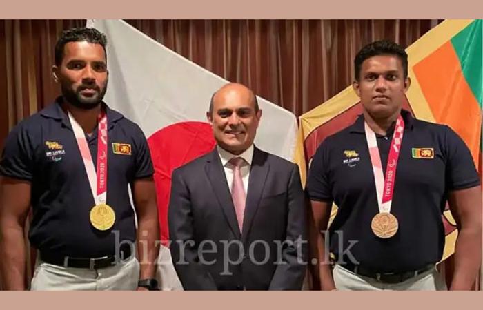 Maha Sangha & Sri Lanka's Ambassador for Japan Extend Warm Reception to Paralympics Medalists