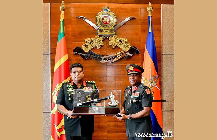 Commander Commends Retiring SLSR Senior Officer's Service