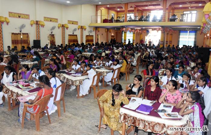 59 Div Organized O/L Seminar Attracts 320 Candidates in Mullaittivu