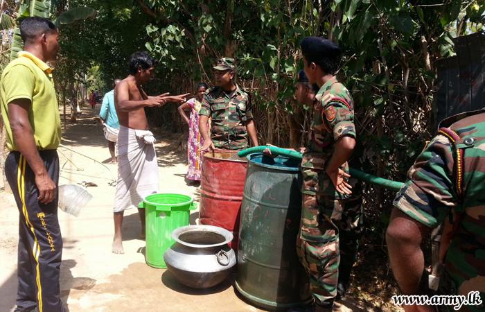 Drought-Hit Kilinochchi Civilians Provided Drinking Water