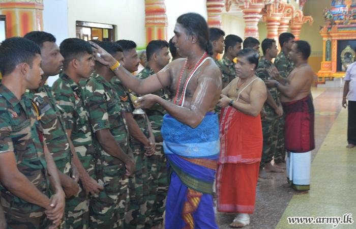 வன்னி பாதுகாப்பு படையினர் 'மகா சிவராத்திரி' பூஜைகளில் இணைவு