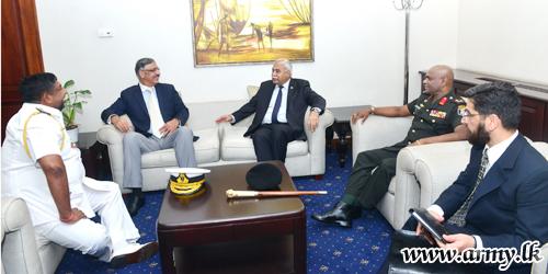 Pakistan's Joint Chiefs of Staff Committee Chairman Arrives in Sri Lanka