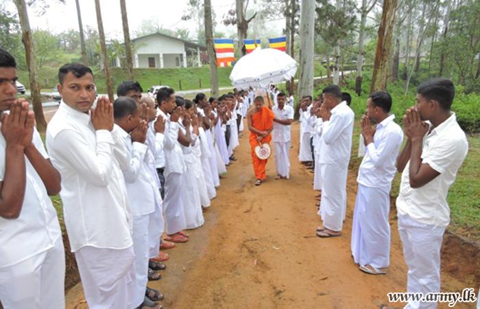 மத்திய இராணுவ படையினரால்  போதி பூஜை பிங்கம  நிகழ்வுகள்