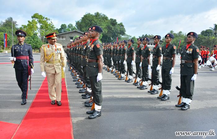 CDS, General Crisanthe De Silva Seen Off amid 'Jaya Sri' Greetings