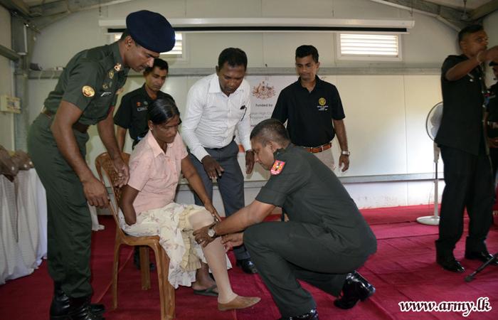 16 More Jaffna Civilians Receive Artificial Limbs through Army Coordination
