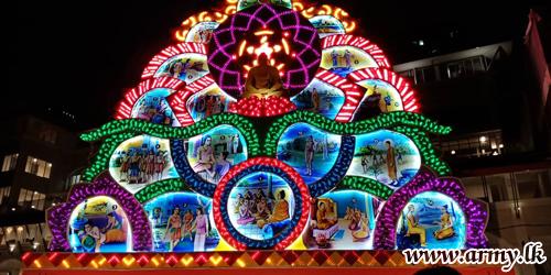 இராணுவத்தினரால் மலேசியாவில் முதன் முதலாக வெசாக் பந்தல் (தொரண) நிகழ்வு
