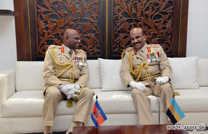 Commander Appreciates Good Work of Former Commander During Courtesy Visit