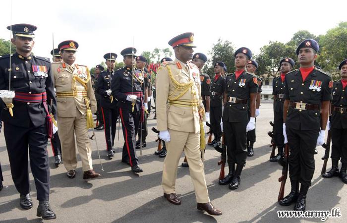 Sri Lanka Engineers Salute New Commander