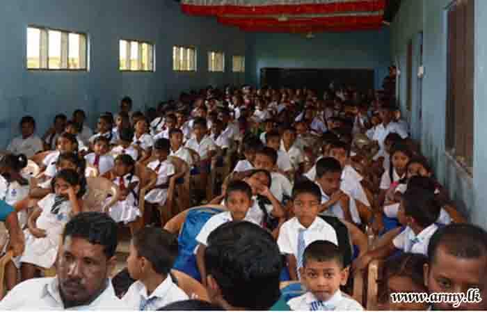 221 Brigade Gets Philanthropists to Donate School Accessories to Needy Children
